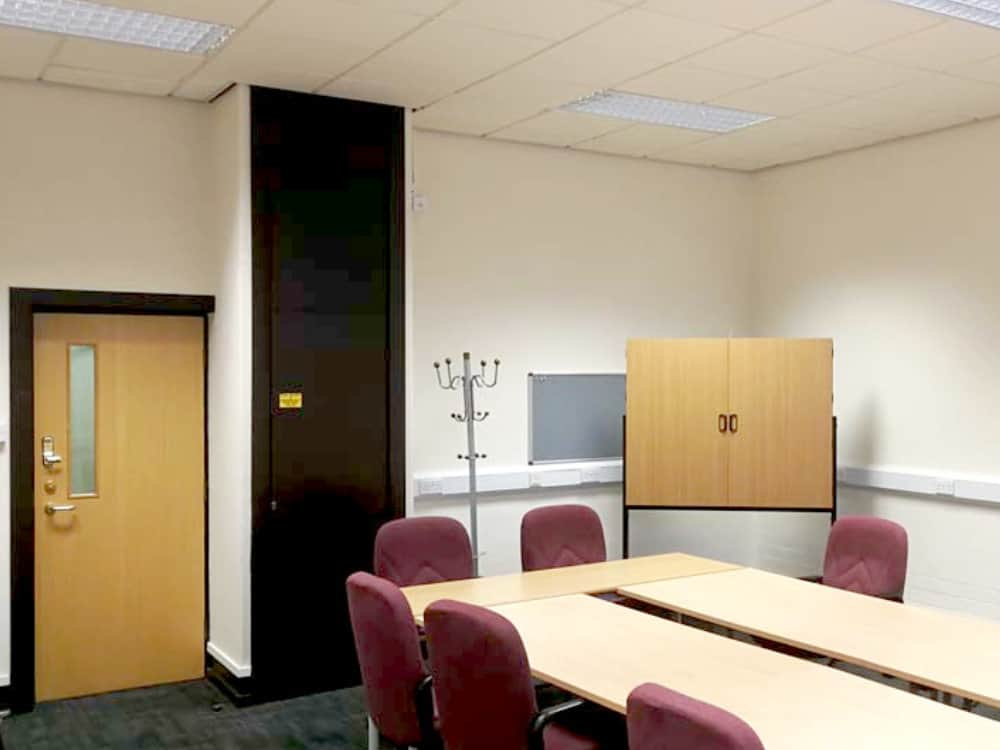 Mexborough Business Centre Meeting Room G12